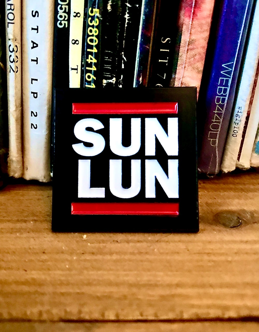 Sun'Lun Enamel Pin Badge