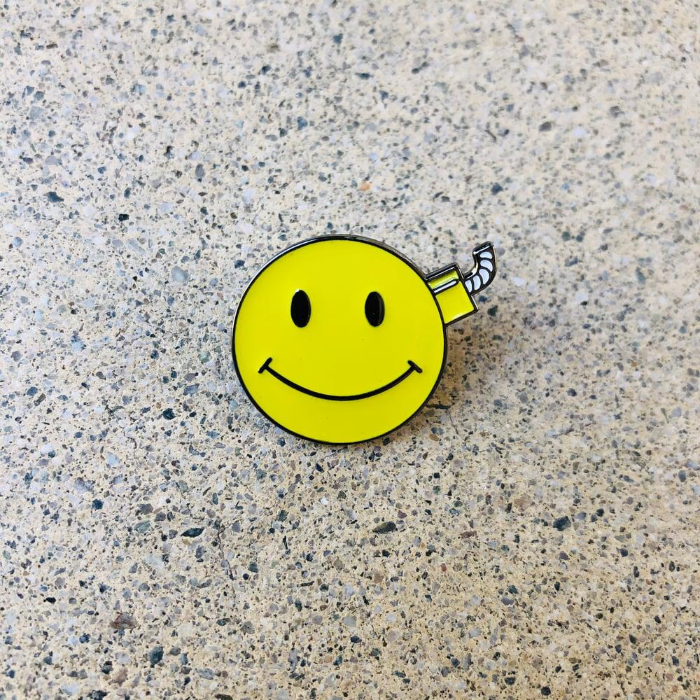 Image of Rubbish Rubbish 110 Smile Bomb Pin