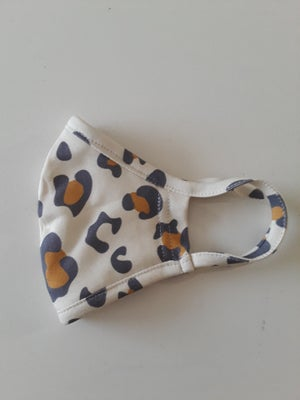 Image of DK FACE MASK WHITE LEOPARD