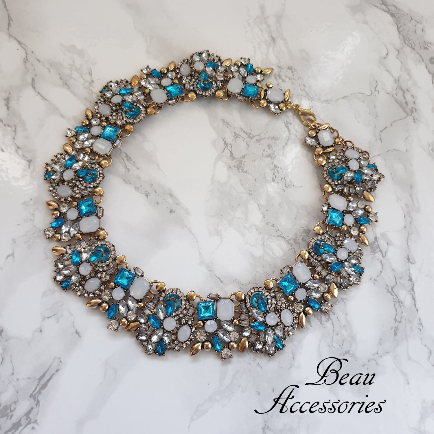 Image of Summer Blue Velencia Necklace