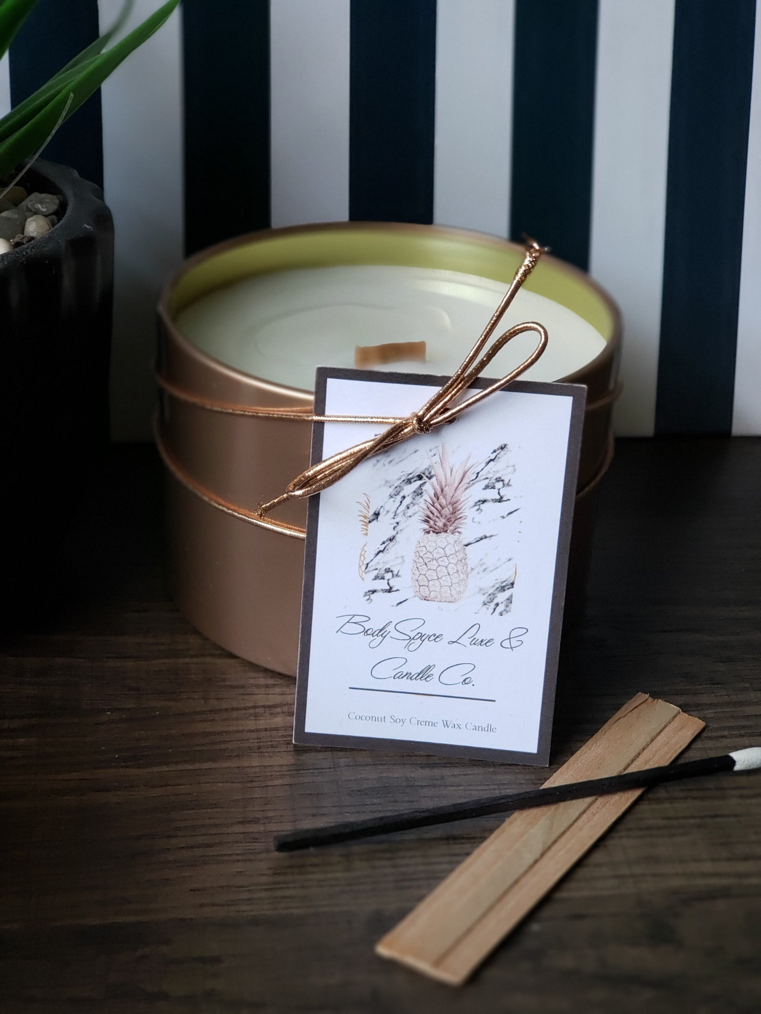 Image of CREME' DE MAMAO + CASSIS +  COCONUT CREME' SOY WAX CANDLE