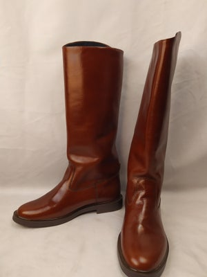 Image of Brown Officer Riding Boots (without zippers)