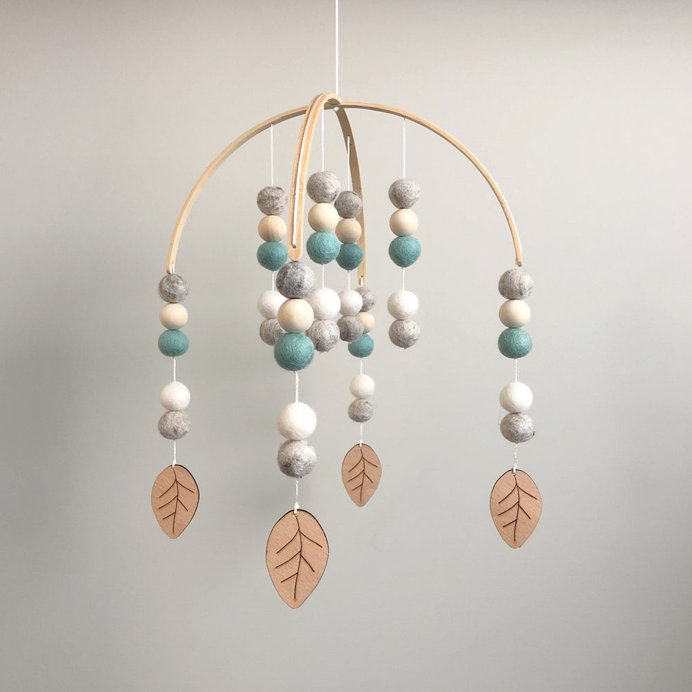 Image of Felt ball mobile - wooden leaves - mint, grey & white
