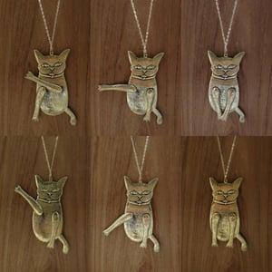 Image of Colgante largo gato articulado