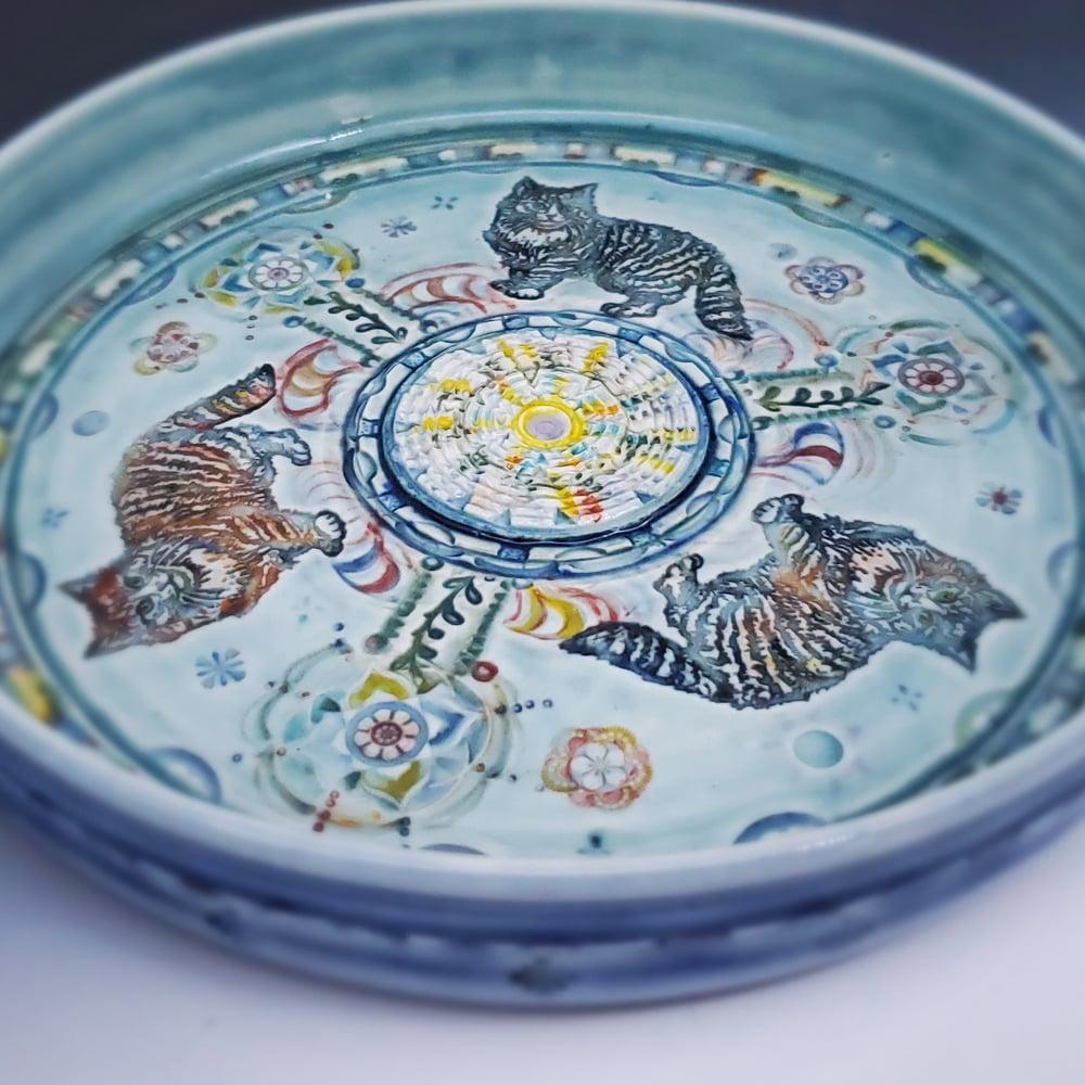 Image of Norwegian Forest Cat Trio  Garlic Grater/Oil Porcelain Dish