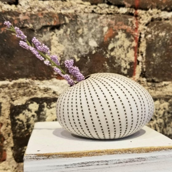 Image of Brown Dot Stripe Egg Vase ( Pick up only)