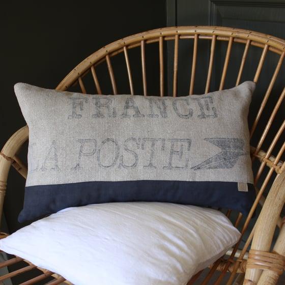 Image of Coussin rectangulaire  La Poste & métis gris orage.