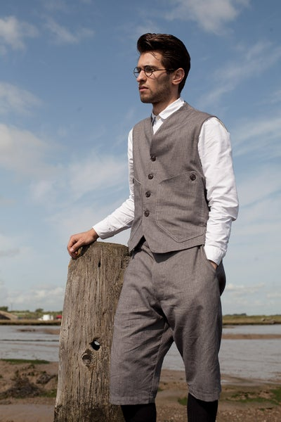 Image of Deck Gilet Light Grey £195.00