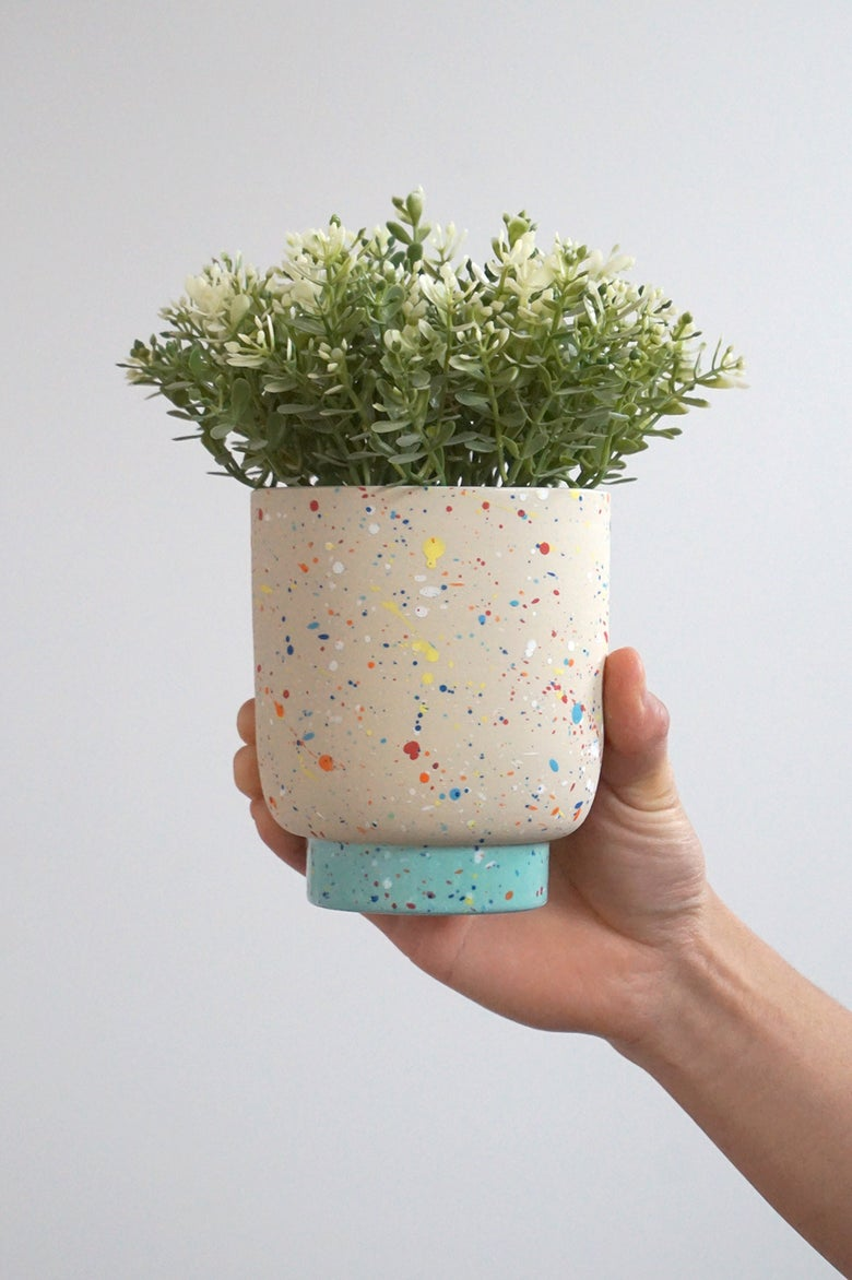 Image of Pollock Planter – mint foot (WITH DRAINAGE) – ceramic pot