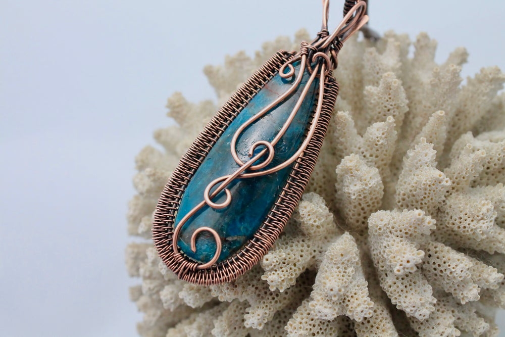 """Image of """"Dillian"""" Large Blue Apatite Wire Wrapped Amulet Pendant"""