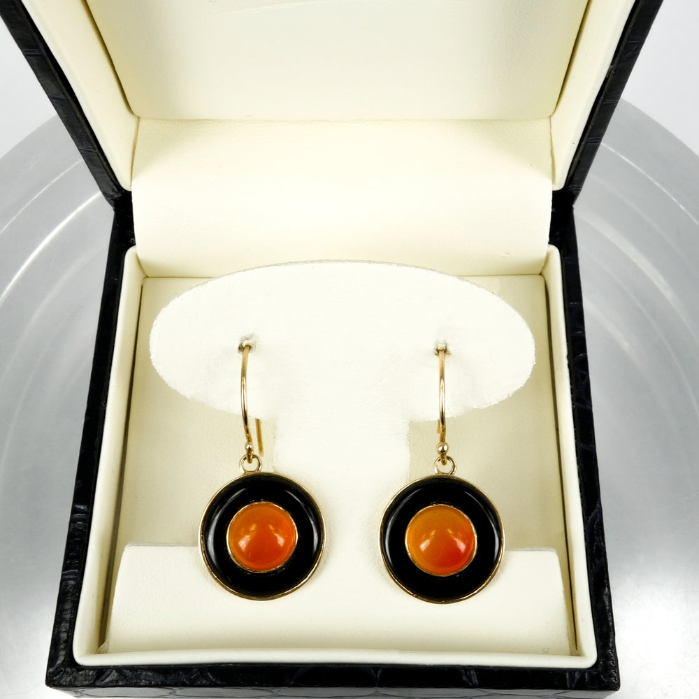 Image of E1734 9ct yellow gold Onyx and carnelian drop earrings
