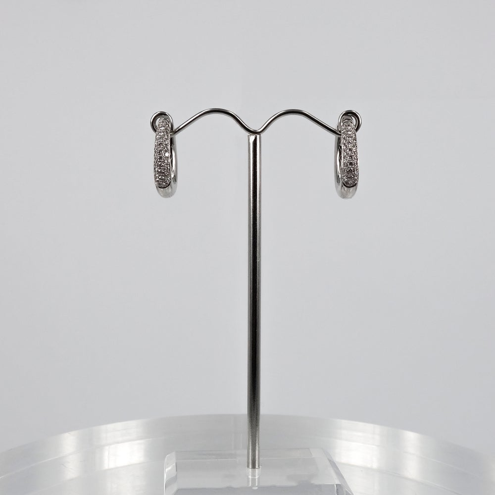 Image of E1610 - 18ct white gold diamond pave hoop earrings
