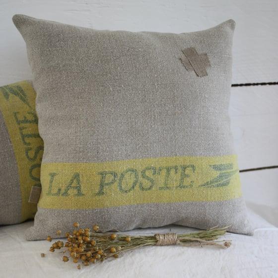Image of Coussins La Poste Bandeau Jaune.