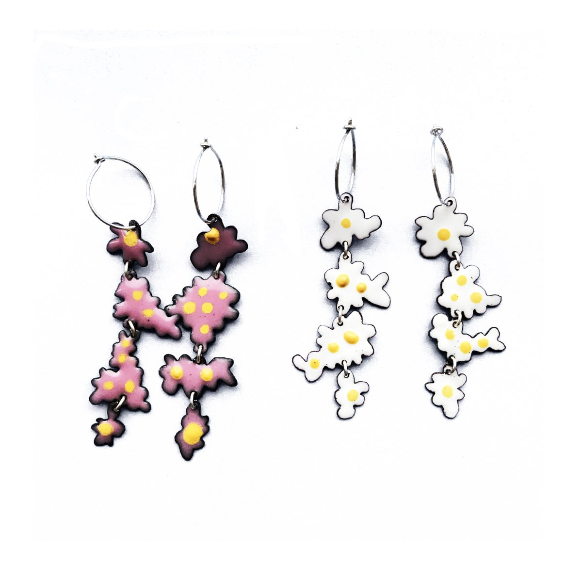 Image of Long Daisy Earrings