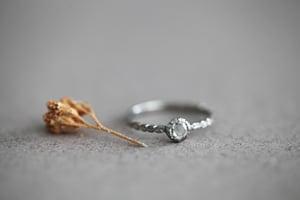 Image of Platinum 4.1mm rose-cut diamond laurel leaf ring (IOW149)