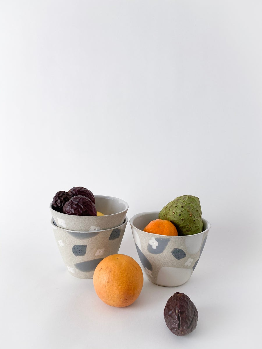 Image of White Flower Granite Slate - Planter / Fruit Bowl