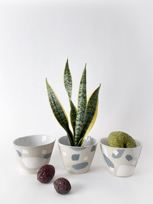 Image of White Flower Granite Slate - Planter / Fruit Bowl