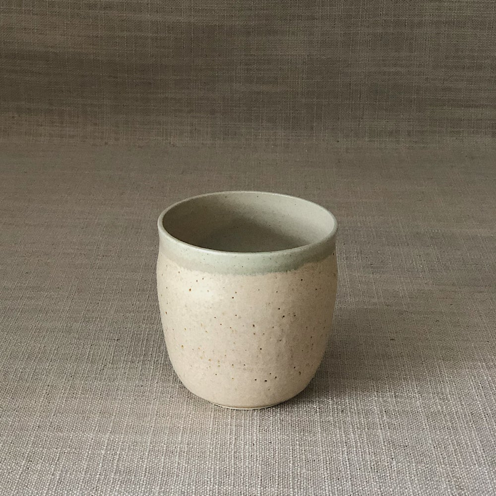Image of EARTHY PINK CURVED TUMBLER