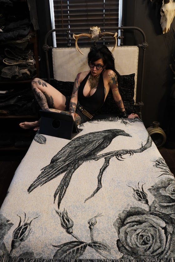 Image of A MURDER OF CROWS: Rosalva Crow