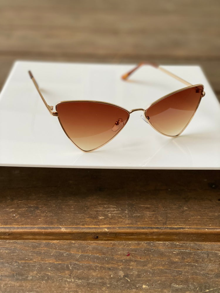 Image of Bella Shades