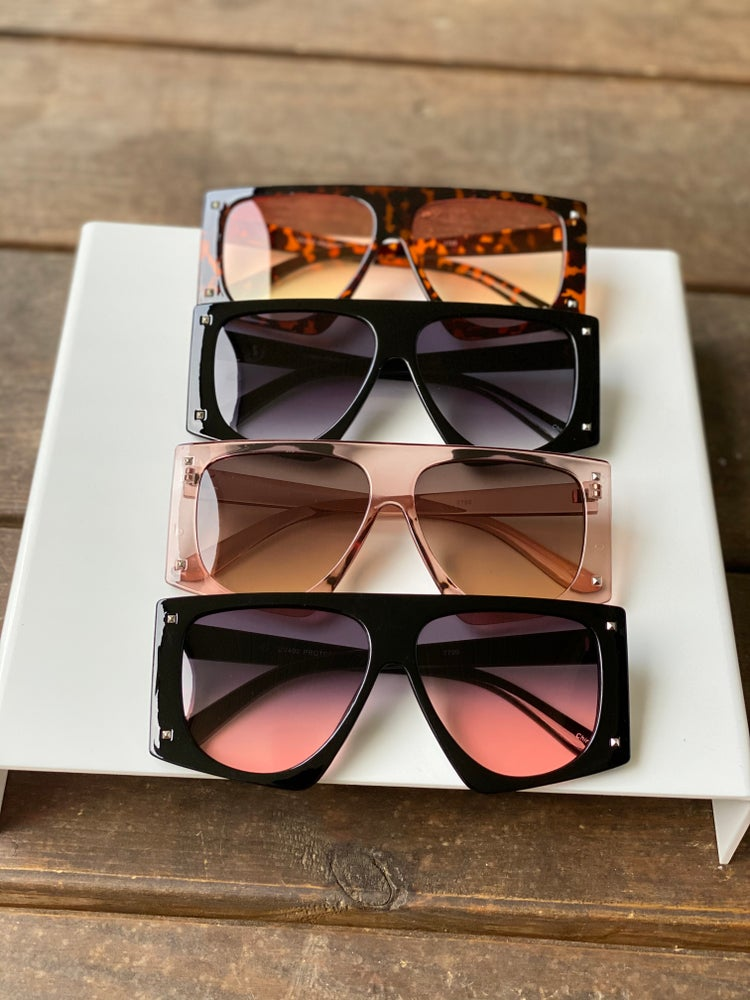 Image of Unisex Outlook Shades