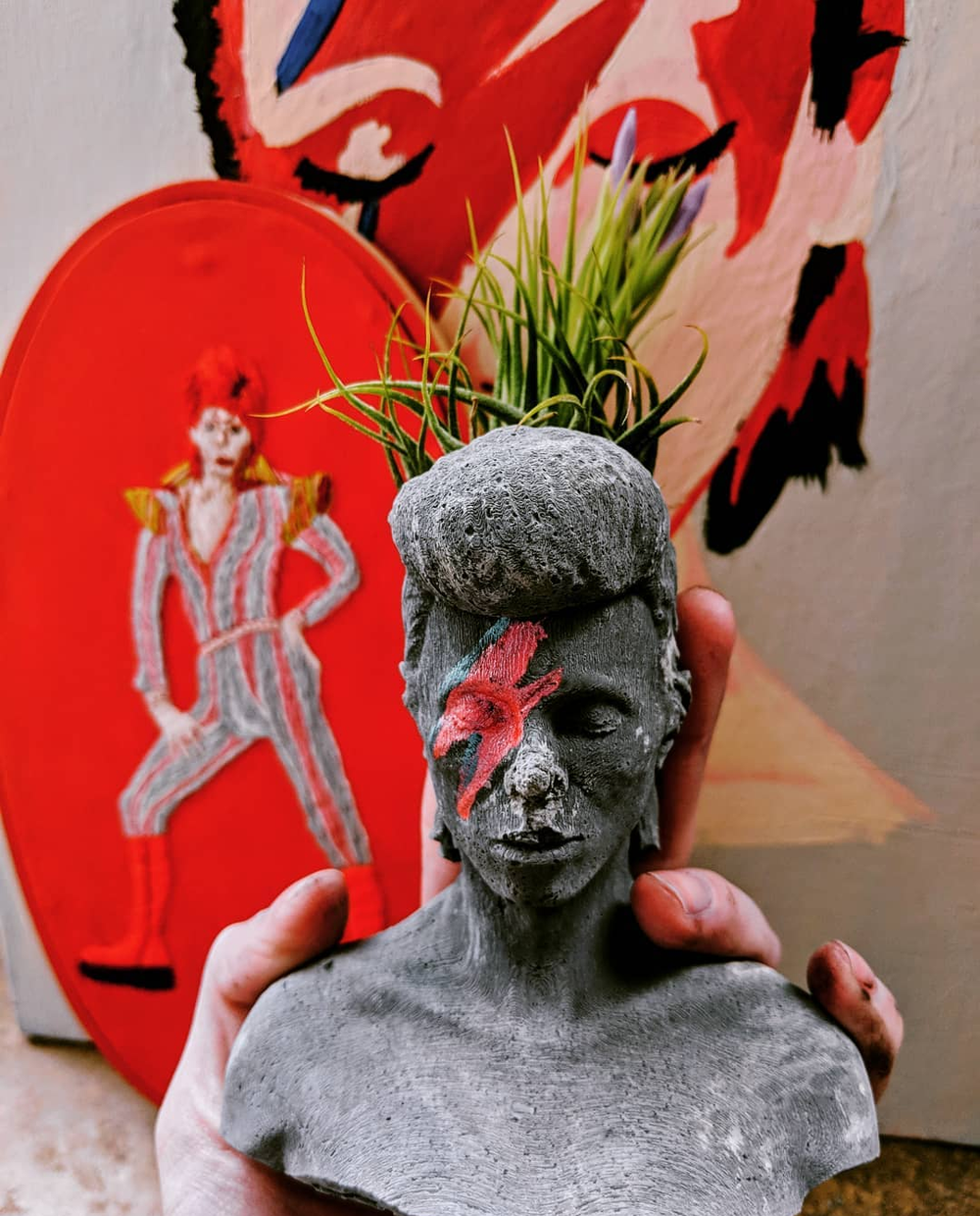 Bowie bust planter