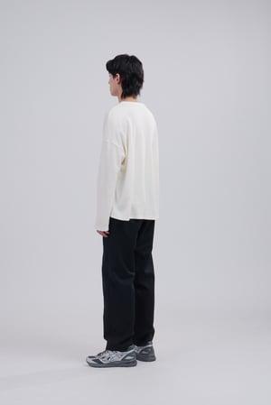 Image of TRAN - 直筒落鞋西裝褲 (黑)