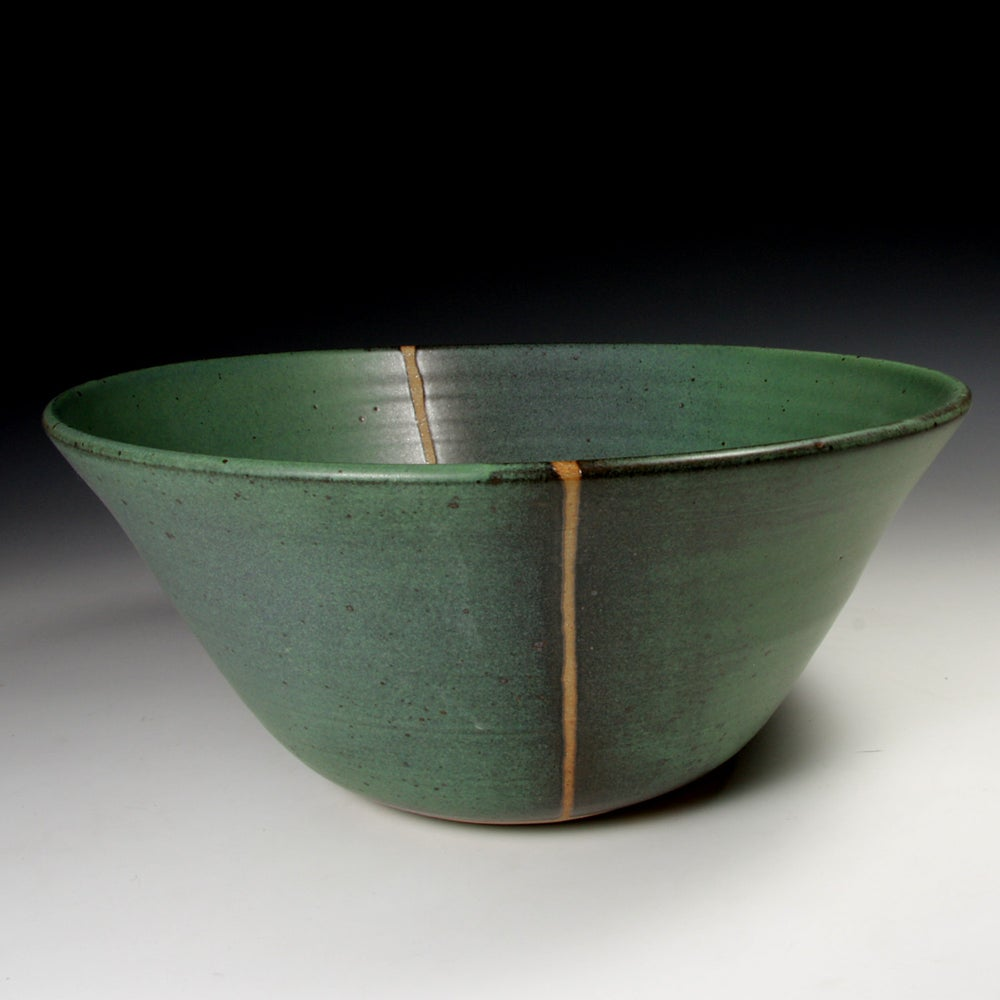 Green matt bowl (e035)
