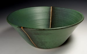 Green matt bowl (e035)