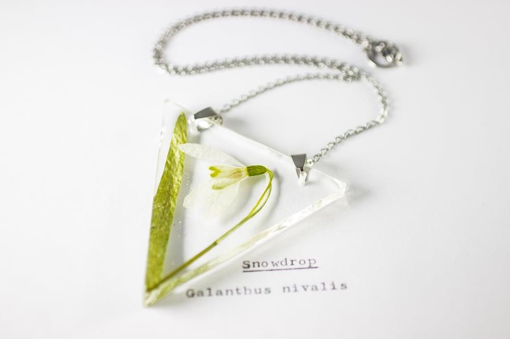 Image of Snowdrop (Galanthus nivalis) - Triangular Pressed Pendant #1