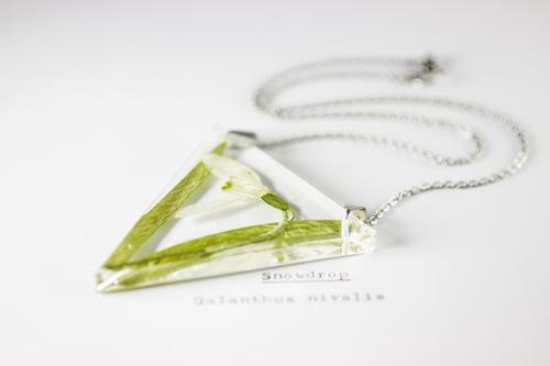 Image of Snowdrop (Galanthus nivalis) - Triangular Pressed Pendant #2