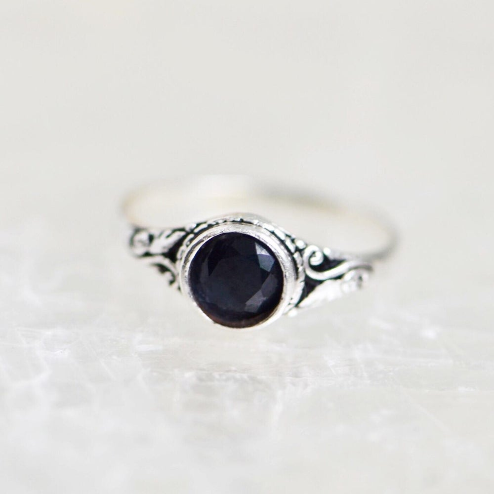 Image of Vietnam Blue Sapphire vintage style silver ring