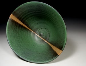 Green matt bowl (e029)