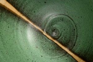 Green matt bowl (e029)