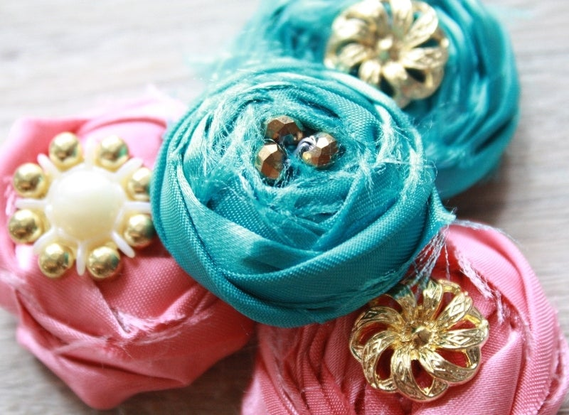 eBook: How to Make Fabric Flowers - Rolled Rosettes (Two Techniques)