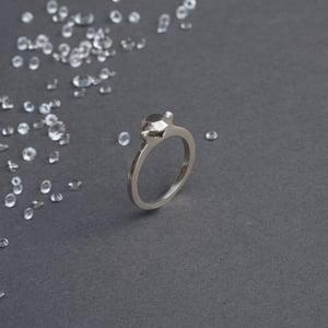 AUSTERITY MINIMAL ring