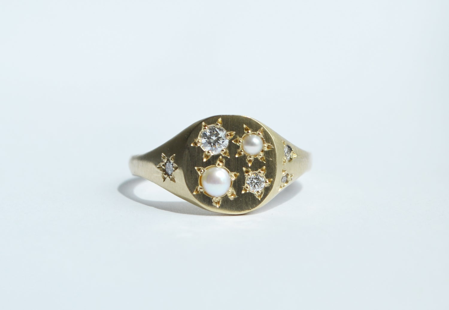 Image of Diamonds and Pearls ring