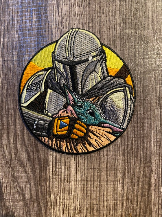 "Image of The Child & The Mandalorian 4"" Patch - INSTOCK"