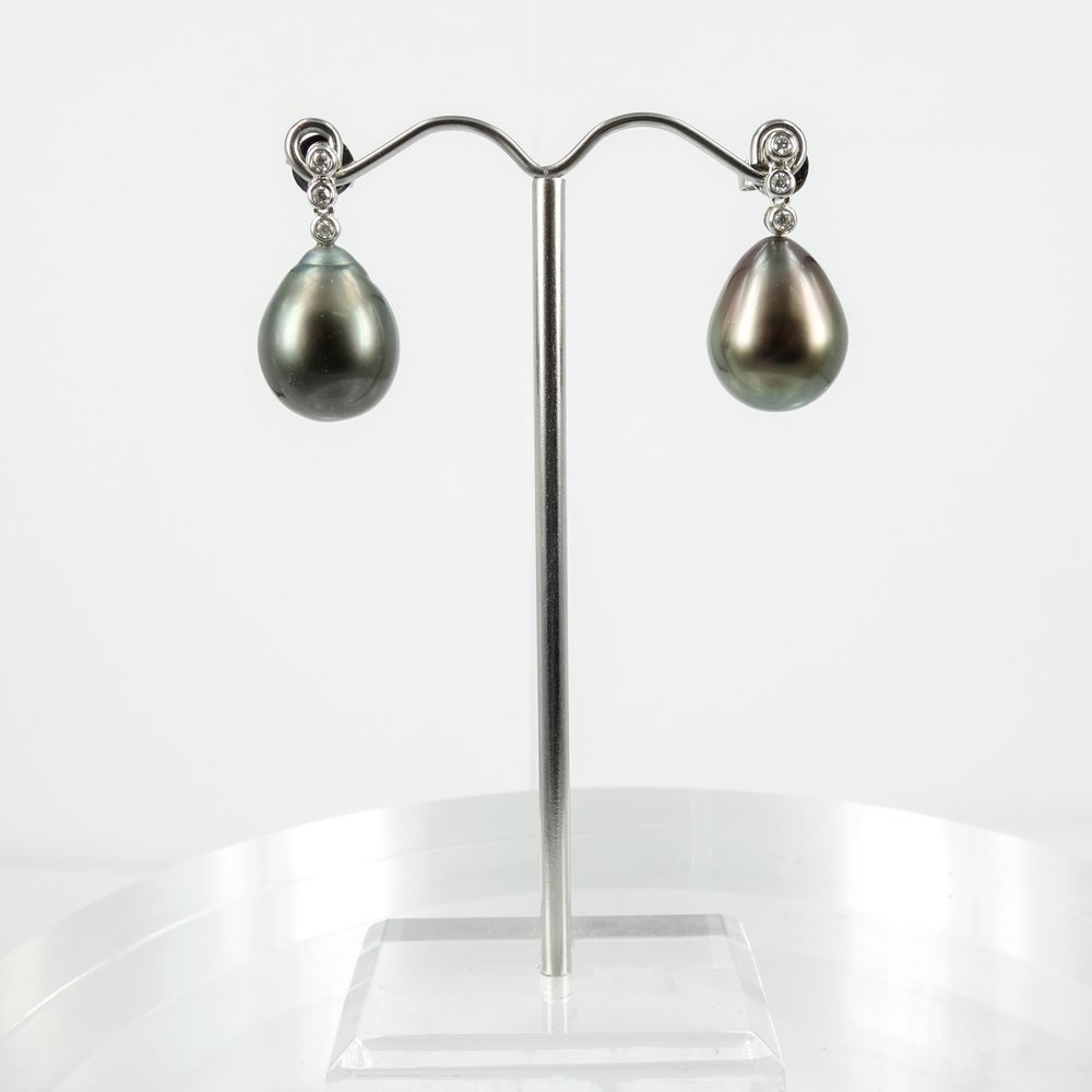 Image of PJ5649 - 18ct white gold diamond set Pearl drop earrings