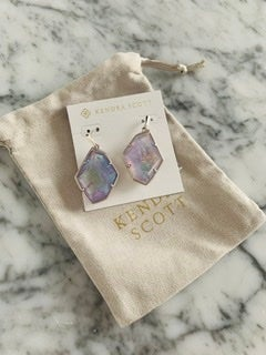 Image of NWT Kendra Scott Dunn Earrings In Amethyst