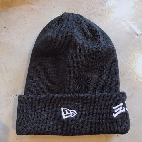 Image of 3T NEWERA HANNYA KNIT CAP