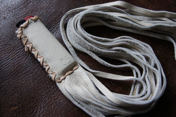 Image of ATSILA LIGHTER SLIP/WHIP <Cream>