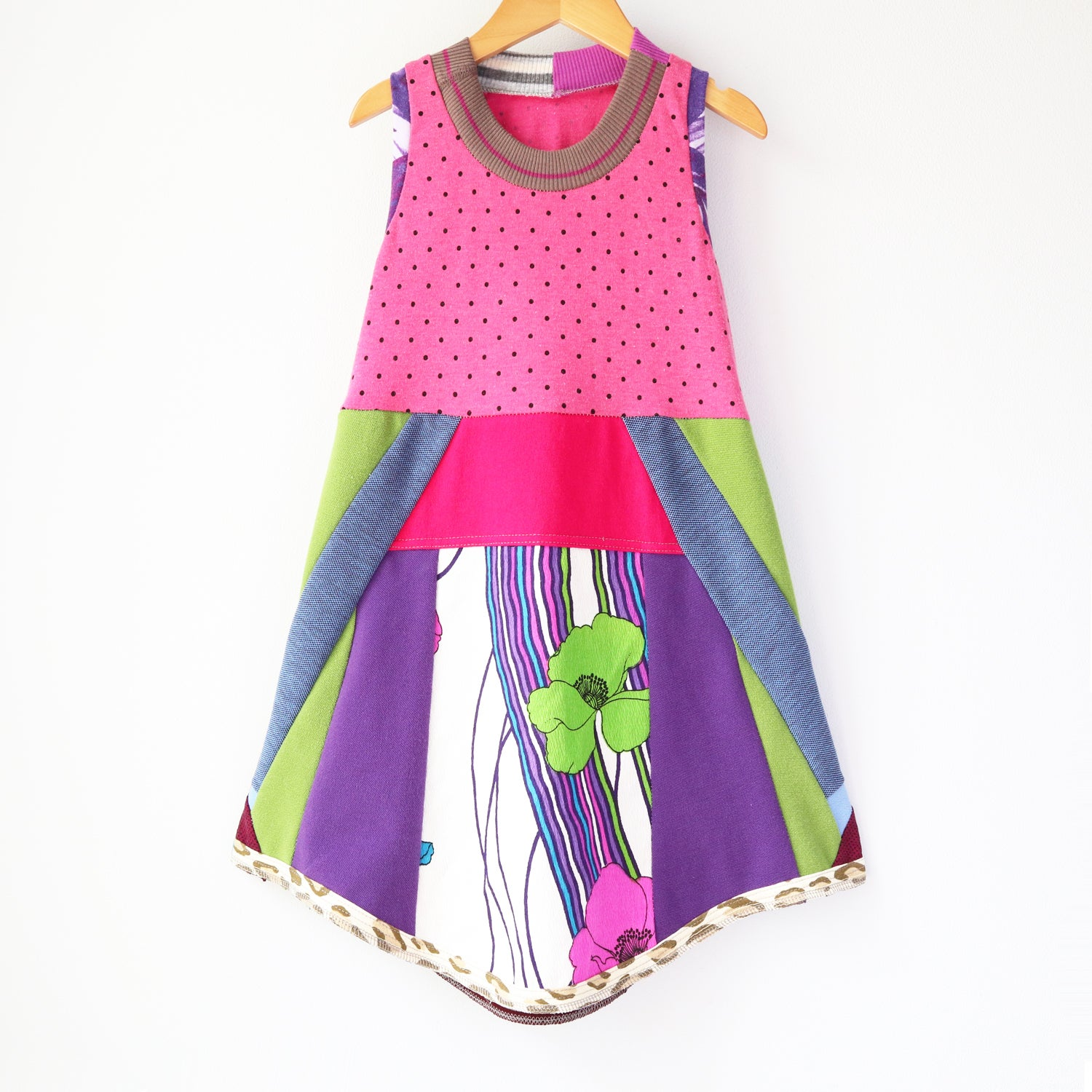 Image of super patchwork vintage vhy hawaiian textiles dots poppy 6/7 poppies pink curved hem tank dress