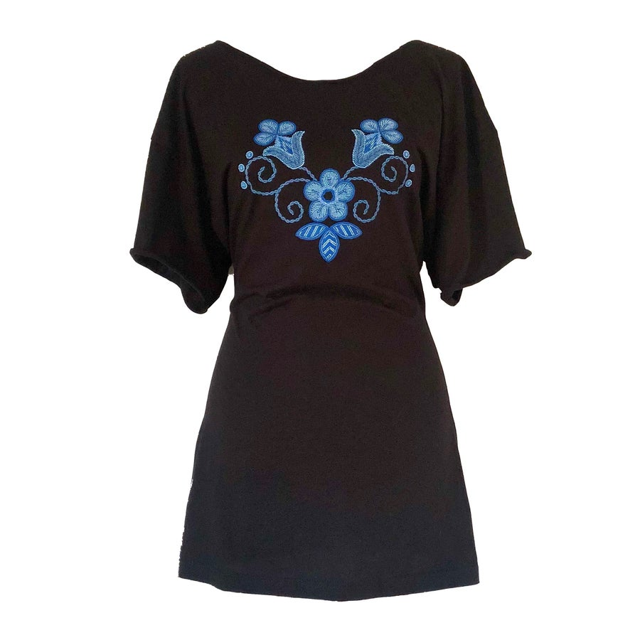 Image of Niio Blue Floral T-Shirt Dress