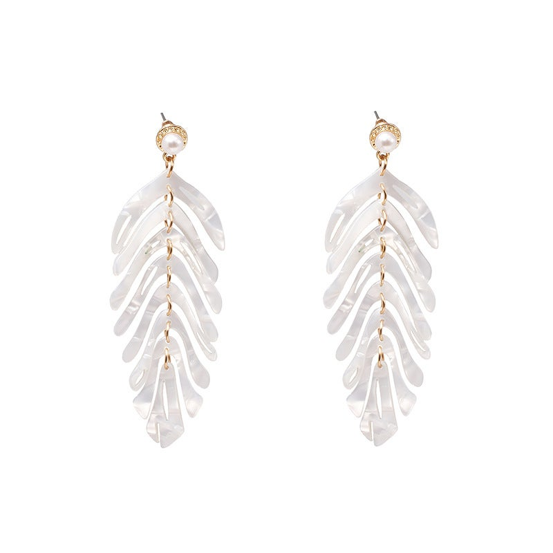 Image of Women's Leaf Retro Light Luxury ~ White