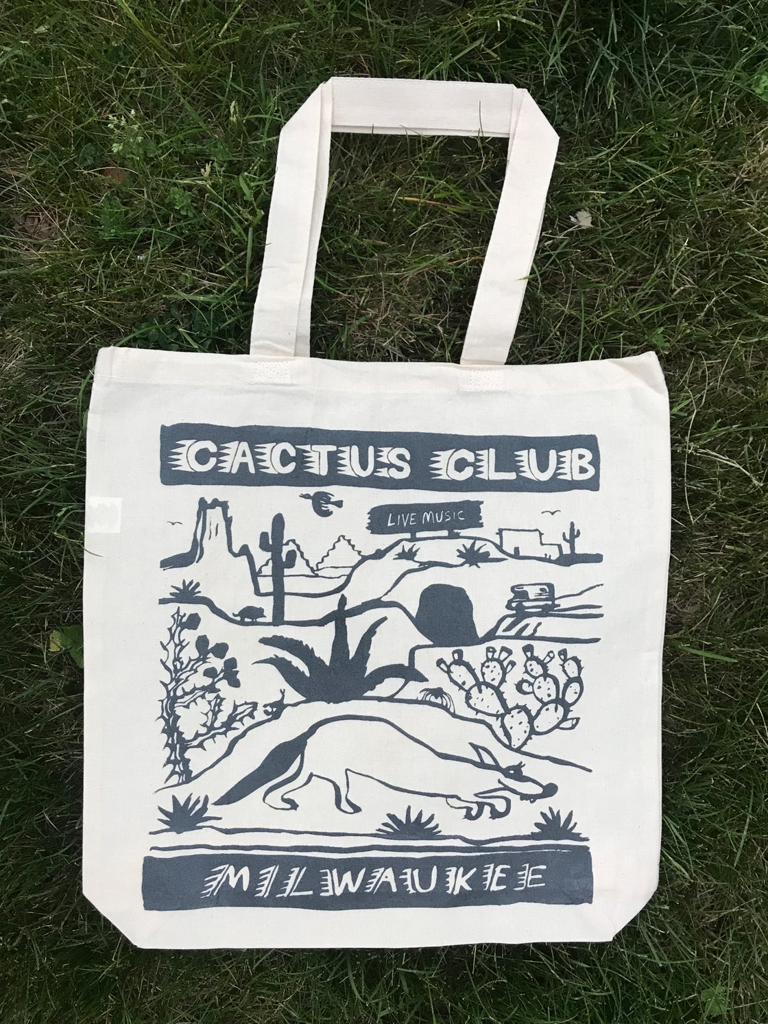 Image of Tote bags (various colors)