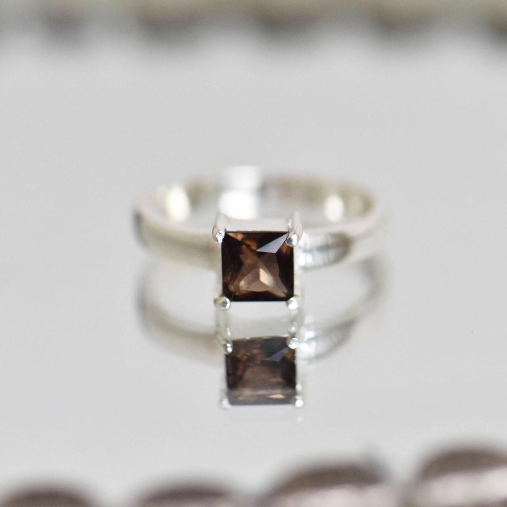 Image of Smokey Quartz square cut 4 claws silver ring