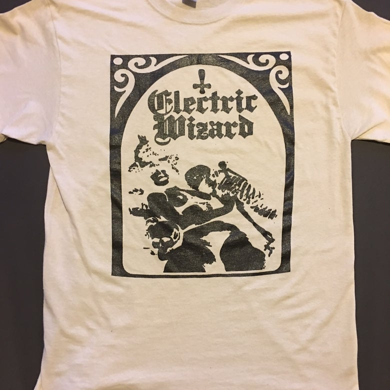 "Image of Electric Wizard "" Legalise Drugs and Murder "" Sand T-shirt"