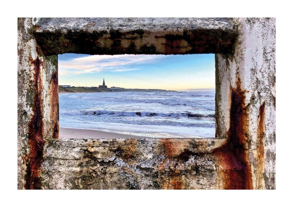 The Beauty and The Beast Beach, Tynemouth Longsands