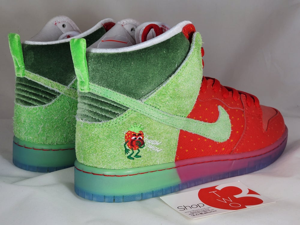Image of Nike SB High Strawberry  Cough